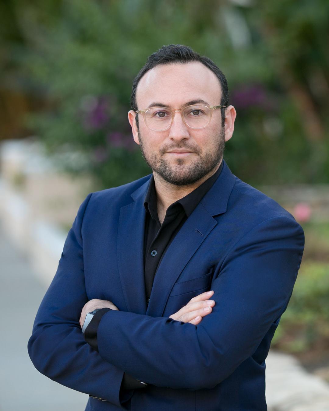 Jonathan  Elbaz